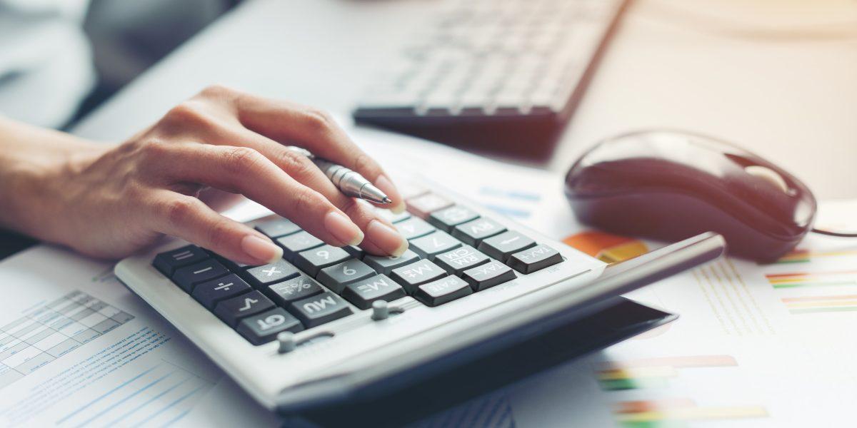 Comment gérer la paie des salariés?